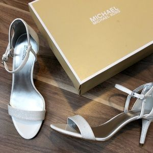 New Michael Kors White Sparkle Kitten Heel